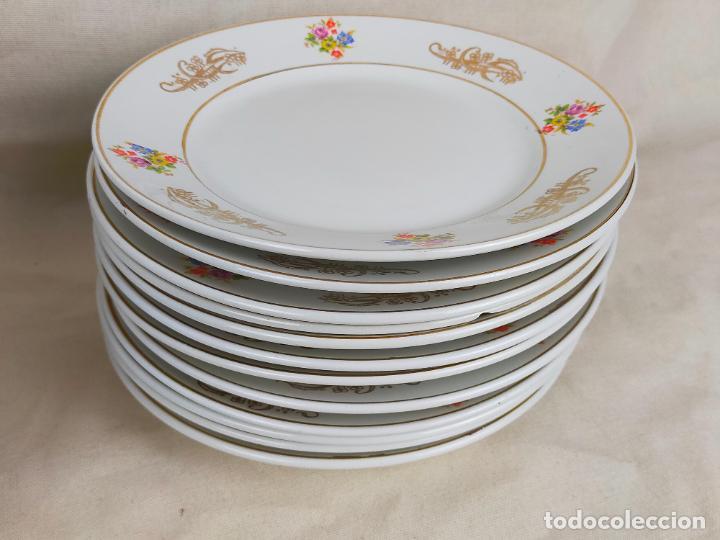Antigüedades: vajilla porcelana royal china vigo platos y bandejas - ribete dorado - Foto 5 - 275879953