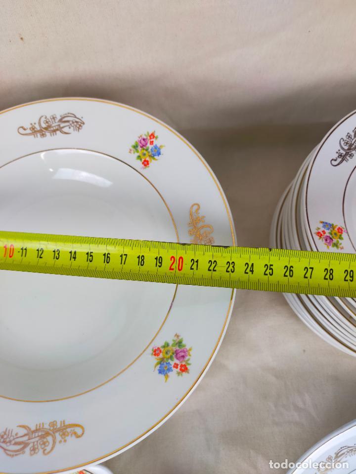 Antigüedades: vajilla porcelana royal china vigo platos y bandejas - ribete dorado - Foto 14 - 275879953