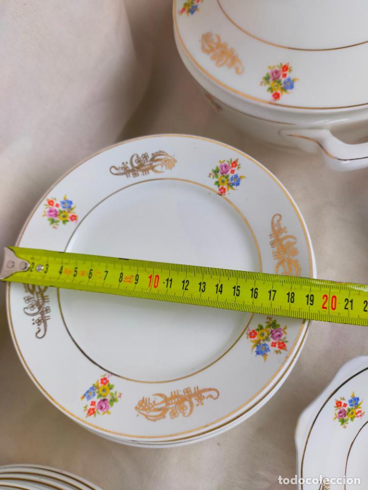 Antigüedades: vajilla porcelana royal china vigo platos y bandejas - ribete dorado - Foto 15 - 275879953