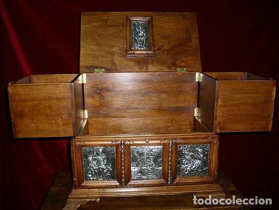 Antigüedades: ARQUETA, PLATA Y NOGAL ESPAÑOL ( Homenaje a El Quijote) OBRA ÚNICA, 50 X 40 X 30 cm - Foto 2 - 275916318