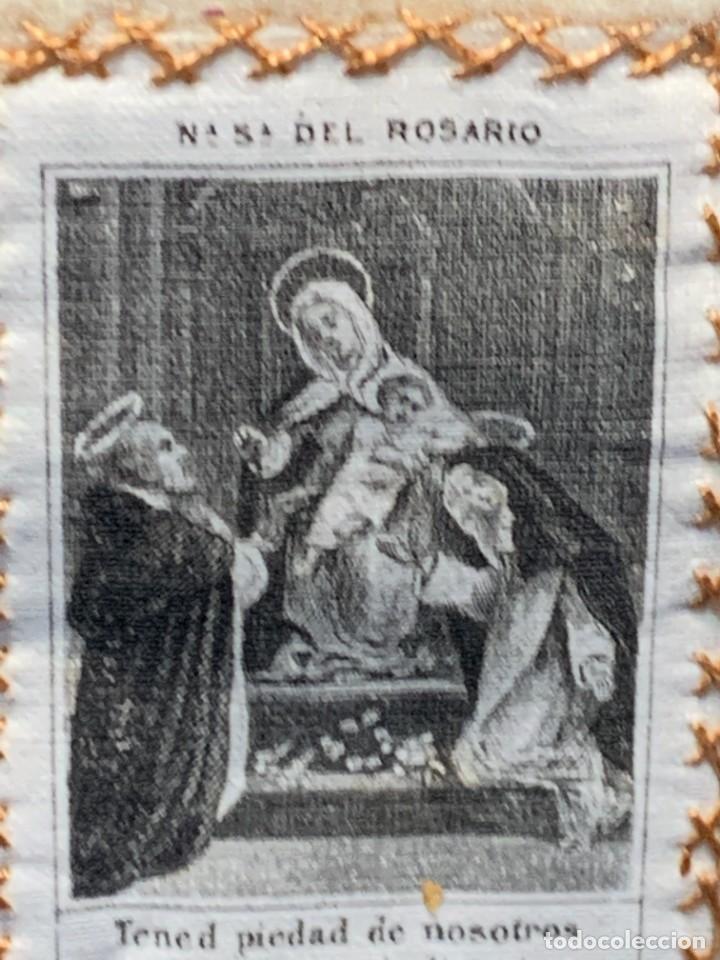 Antigüedades: ANTIGUO ESCAPULARIO NUESTRA SEÑORA DEL ROSARIO S XIX 8X6CMS - Foto 3 - 275922268