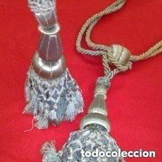 Antigüedades: PRECIOSAS BORLAS DE SEDA ANTIGUAS DE CORTINA EN COLOR TURQUESA,. Lote 276030743