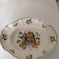 Antiquités: ALCORA , SOBERBIA BANDEJA SIGLO XVIII-XIX, DE LA REAL FÁBRICA. Lote 276128003
