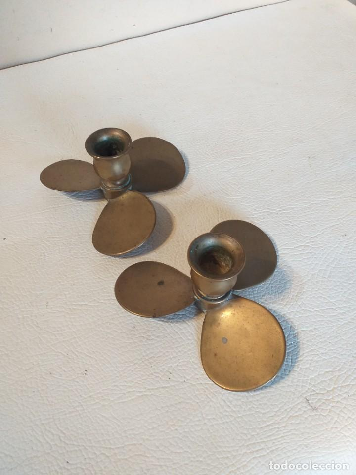 Antigüedades: Pareja de porta velas hélices de barco en bronce - Foto 5 - 276214688