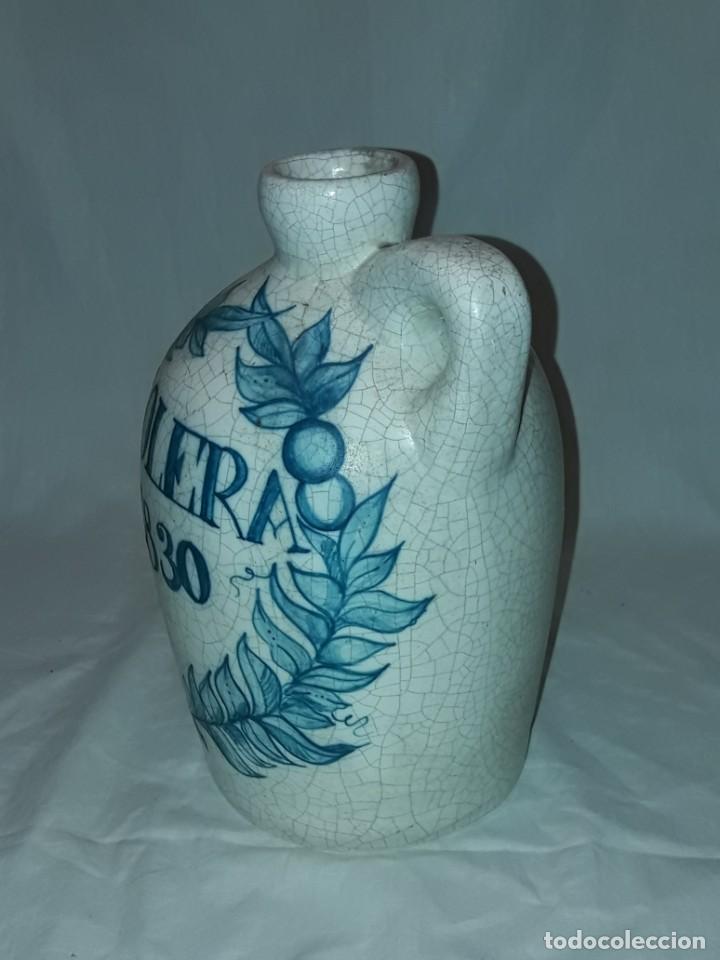 Antigüedades: Bella garrafa de cerámica craquelada firmada Benlloch Manises Amontillado Solera 1830 21cm - Foto 3 - 276227698