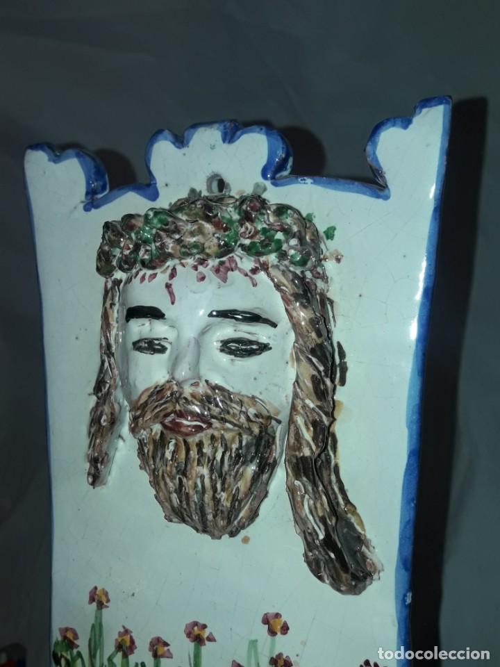 Antigüedades: Exclusiva pieza única benditera Ecce Homo Cer. Pajares de Arroyo de la Luz Cáceres 27cm - Foto 4 - 276228898