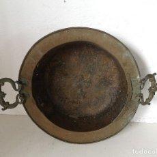 Antigüedades: ANTIGUO BRASERO DE COBRE DEL S. XIX, ASAS DE BRONCE CON QUERUBINES, MUY DECORATIVO, UNOS 51 CMS.. Lote 276317793