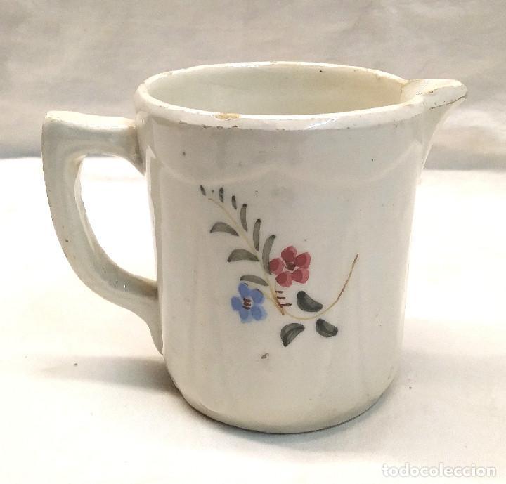 Antigüedades: Jarra años 20 Ceramica de Manises Marcada Base. Med. 11 cm Altura - Foto 3 - 276365568