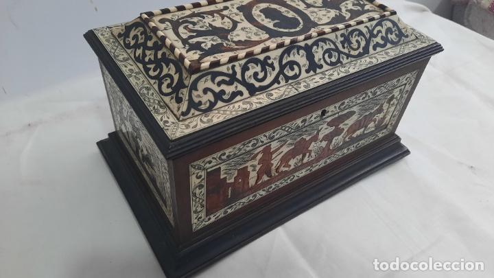 Antigüedades: magnifica caja de siglo xix con taracea marqueteria carey , finisimo trabajo con certificado - Foto 4 - 276439363