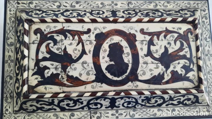 Antigüedades: magnifica caja de siglo xix con taracea marqueteria carey , finisimo trabajo con certificado - Foto 10 - 276439363