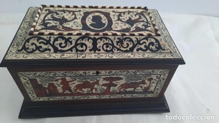 Antigüedades: magnifica caja de siglo xix con taracea marqueteria carey , finisimo trabajo con certificado - Foto 12 - 276439363