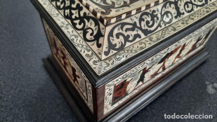Antigüedades: magnifica caja de siglo xix con taracea marqueteria carey , finisimo trabajo con certificado - Foto 19 - 276439363
