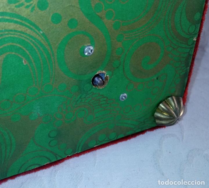 Antigüedades: Antiguo cofre baúl joyero con caja de música - Foto 8 - 276446633