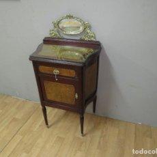 Antigüedades: MESILLA PRECIOSA ESTILO IMPERIO PERFECTO ESTADO. Lote 276460923