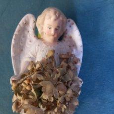 Antigüedades: FIGURA DE ANGELOTE, CERÁMICA DE BISCUIT. ANTIGUO. Lote 276464028