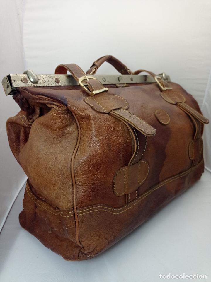 Antigüedades: Antigua maleta Bolso de Viaje en piel . Maletín tipo médico doctor - Foto 9 - 276569813