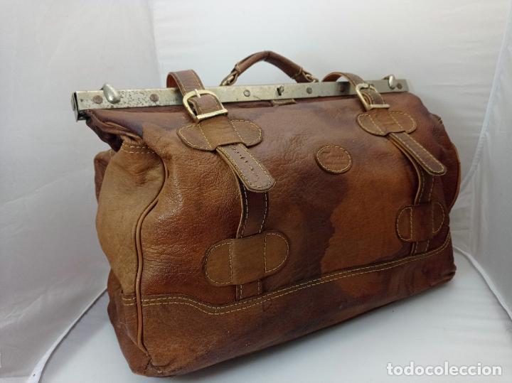 Antigüedades: Antigua maleta Bolso de Viaje en piel . Maletín tipo médico doctor - Foto 2 - 276569813