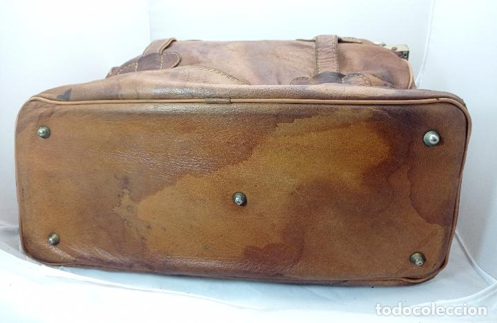 Antigüedades: Antigua maleta Bolso de Viaje en piel . Maletín tipo médico doctor - Foto 8 - 276569813