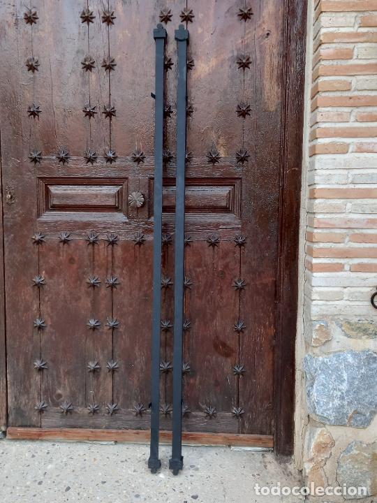 Antigüedades: 2 ) CAMA COMPLETA ANTIGUA EN HIERRO Y LATON - CABECERO - PIECERO Y DOS BARRAS. - Foto 8 - 276582313