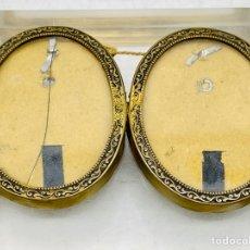 Antigüedades: PORTARRETRATOS DOBLE VICTORIANO. Lote 276610318