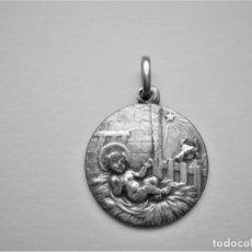 Antigüedades: MEDALLA ANTIGUA DEL NIÑO JESÚS DE BELÉN.. Lote 276638733