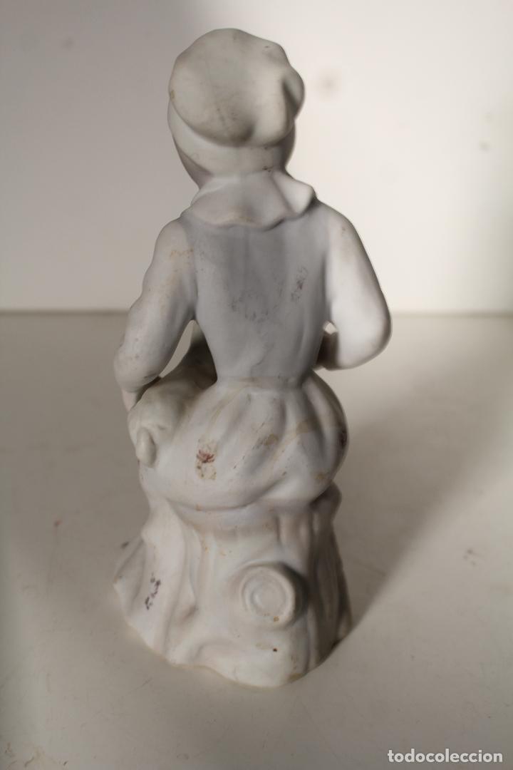 Antigüedades: FIGURA PORCELANA TENGRA NIÑA CON CORDERO - Foto 3 - 276777173