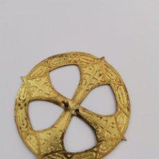 Antigüedades: CORONA PARA IMAGEN RELIGIOSA EN METAL DORADO CON GRABADOS. S.XIX.. Lote 276798098