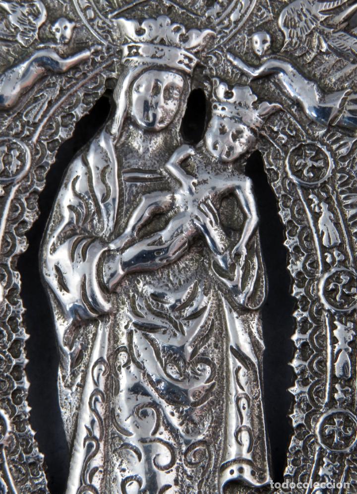 Antigüedades: Benditera de plata Nuestra Señora de la Almudena principios del siglo XX - Foto 4 - 276804238
