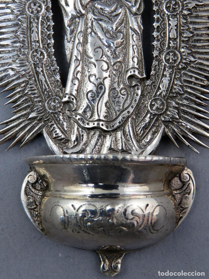 Antigüedades: Benditera de plata Nuestra Señora de la Almudena principios del siglo XX - Foto 5 - 276804238