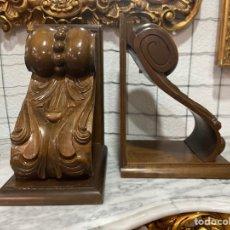 Antigüedades: MENSULAS EN MADERA TALLADA. Lote 276911073