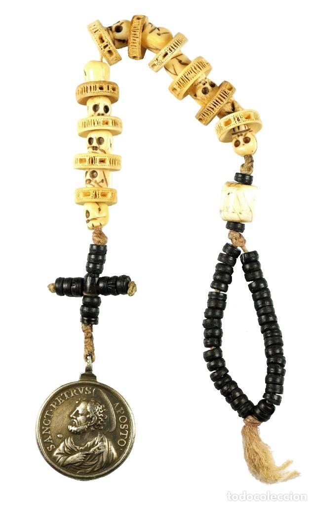 Antigüedades: Rosario DECENARIO. Medalla plata S. PEDRO - S. PABLO. Cuentas MEMENTO MORI. S.XVII. Colección RARO - Foto 6 - 276771168