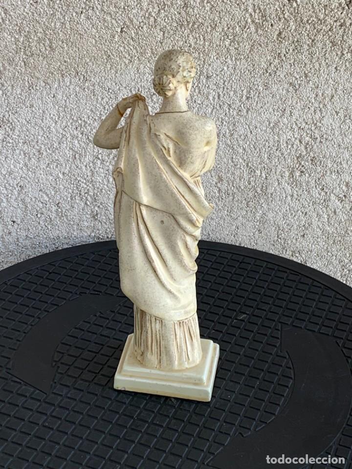 Antigüedades: FIGURA MUJER TUNICA CERAMICA ESTILO TANAGRA CLASICA VENUS THEODORE DECK CERAMISTA 25X7X6CMS - Foto 3 - 276933628