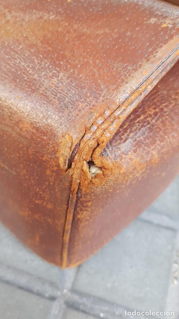 Antigüedades: MALETA PIEL MEDICO PRINCIPIO SXX - Foto 11 - 276935668