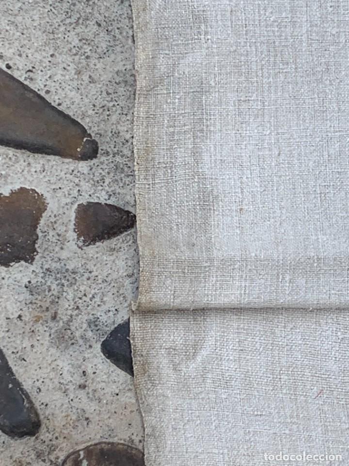 Antigüedades: SABANA TELA DE CAÑAMO S XIX PARA DECORAR MESA O TAPIZAR - Foto 3 - 277049833
