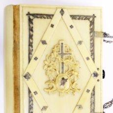 Antigüedades: 1869 LIBRO JOYA - ESPECTACULAR MISAL EN MARFIL Y PLATA - EN PERFECTO ESTADO. Lote 277053448