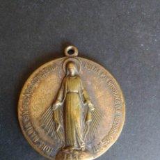 Antigüedades: MEDALLA O LLAVERO. JUVENTUDES MARIANAS VICENCIANAS. 150 ANIVERSARIO. 4 CM. LATÓN PLATEADO.. Lote 277112883