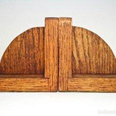 Antigüedades: MÉNSULAS MADERA (CONVERTIBLES) SUJETALIBROS. CORBELS BRACKETS PAIR ART DECO BOOKENDS. Lote 277118693