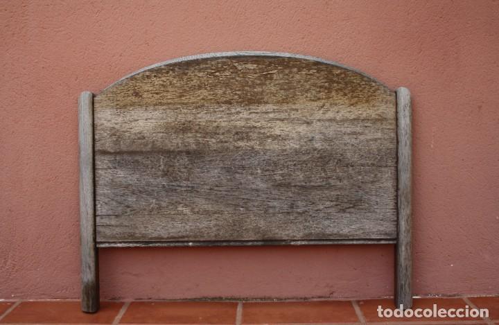 MUY ANTIGUO CABECERO DE CAMA EN MADERA – NECESITA RESTARACION – PIEZA MUY BUENA YA NO SE ENCUENTRA (Antigüedades - Muebles Antiguos - Camas Antiguas)