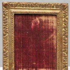 Antigüedades: ANTIGUO MARCO DE MADERA EN PAN DE ORO. SIGLO XVIII. Lote 277155738