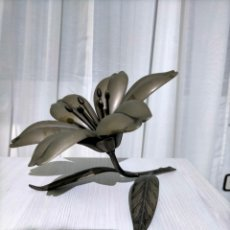 Antigüedades: FLOR MODERNISTA CON PETALOS DE CENICERO - S. AGUDO PATENT. Lote 277210288