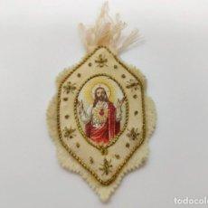 Antigüedades: PEQUEÑO ESCAPULARIO DEL SAGRADO CORAZÓN DE JESÚS. FIELTRO, HILO DE ORO Y SEDA. FRANCIA, PRIN. S. XIX. Lote 277239043