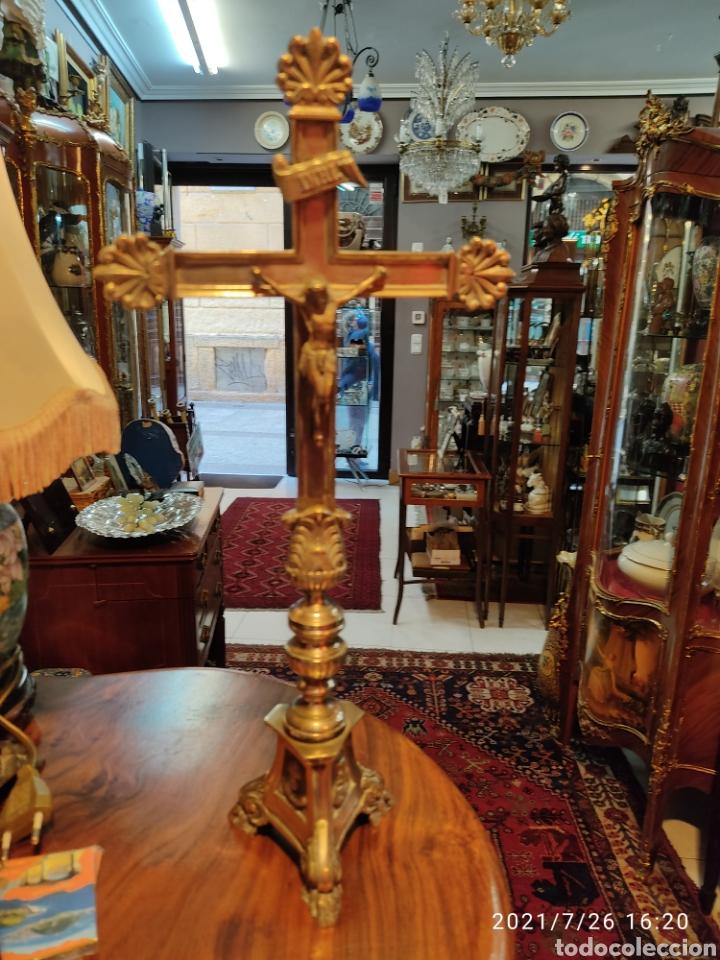 Antigüedades: Crucifijo de altar de bronce siglo XIX - Foto 5 - 206433147
