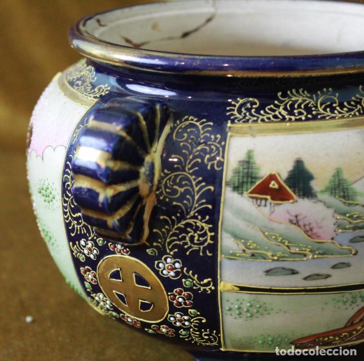 Antigüedades: Antiguo tibor o incensario de porcelana japonesa. Sello acreditativo. - Foto 6 - 277520008