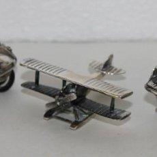 Antigüedades: 3 MINIATURAS EN PLATA. MOTO VESPA, AVIONETA Y PIANO. MEDIADOS SIGLO XX. Lote 277565813