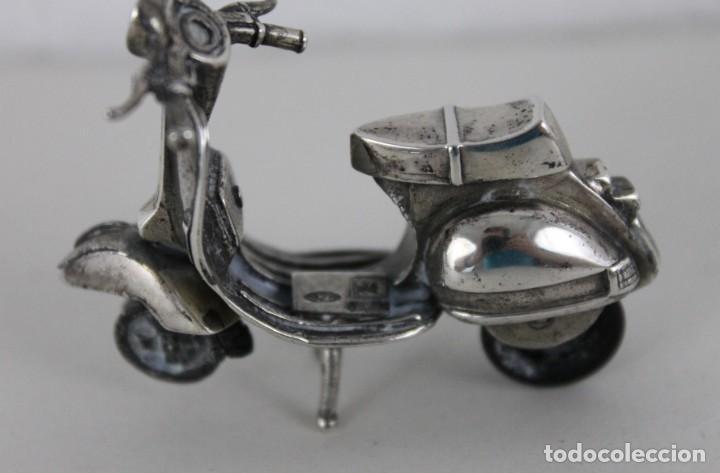 Antigüedades: 3 miniaturas en plata. Moto vespa, avioneta y piano. Mediados siglo XX - Foto 4 - 277565813