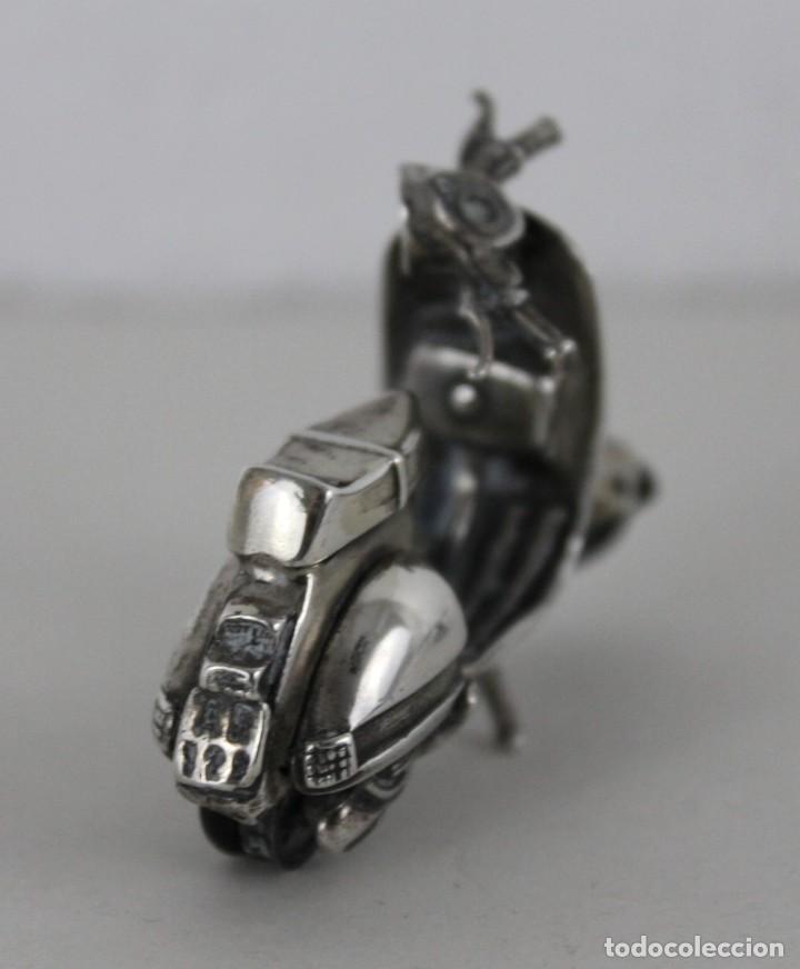 Antigüedades: 3 miniaturas en plata. Moto vespa, avioneta y piano. Mediados siglo XX - Foto 6 - 277565813