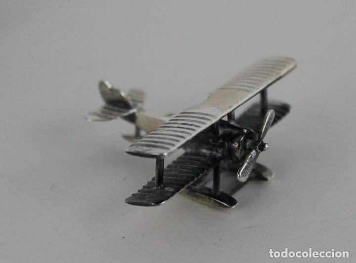 Antigüedades: 3 miniaturas en plata. Moto vespa, avioneta y piano. Mediados siglo XX - Foto 9 - 277565813