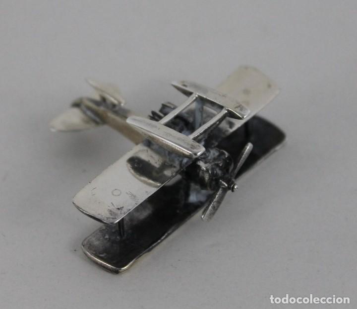 Antigüedades: 3 miniaturas en plata. Moto vespa, avioneta y piano. Mediados siglo XX - Foto 11 - 277565813