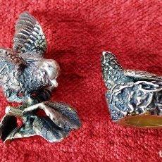 Antigüedades: PALOMAS. PLATA CINCELADA. ESPAÑA. SIGLO XIX-XX. Lote 277584663