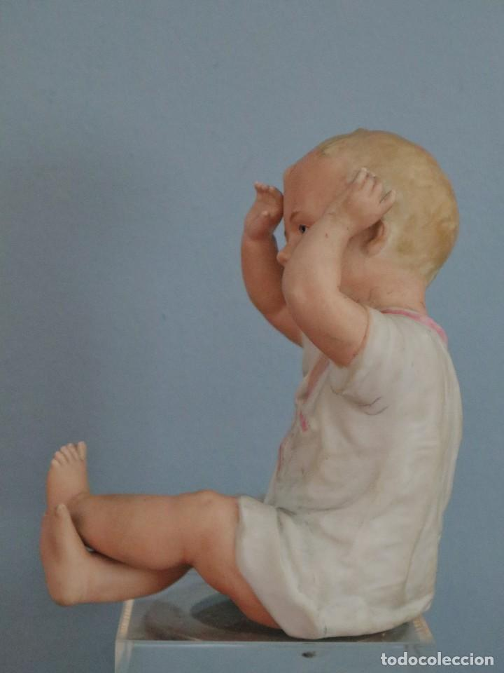 Antigüedades: Baby Piano elaborado en biscuit policromado. Pps. S. XX. Mide 16 x 13,5 cm. - Foto 4 - 277656213